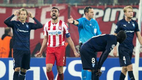 Olympiacos Giannis Maniatis jublar efter 4-2 i Champions League mot Malmö FF.